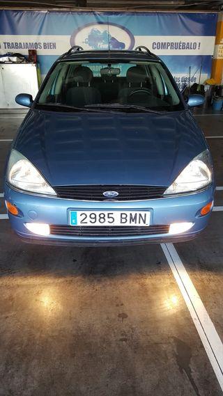 Ford Focus Amplio y bajo consumo!