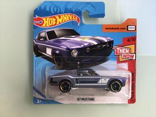 Hot wheels Mustang '67