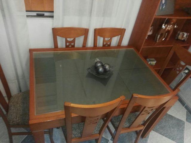 Mesa comedor de segunda mano por 150 € en Huelva en WALLAPOP