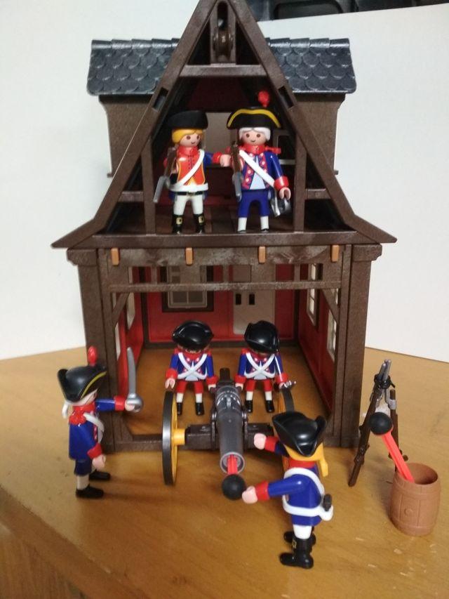 Casa medieval soldados playmobil de segunda mano por 64 for Playmobil segunda mano