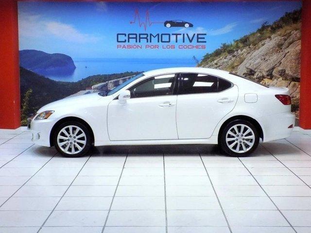 Lexus IS 200 Premium 130kW (177CV)