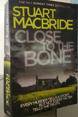 libro 'Close to the bone'