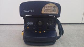 Camara Polaroid 600. Nueva!!!