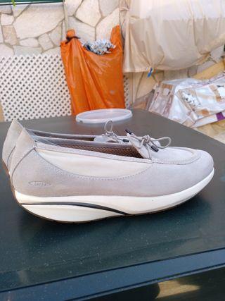 zapatos balancín nuevos MBT