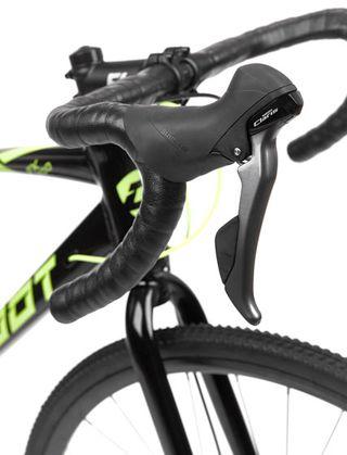 Bicicleta Gravel Cloot FX 700 Shimano Claris