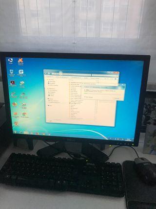 """Pantalla ordenador Dell 21"""" en perfecto estado"""