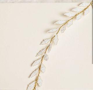 Precioso tiara artesanal para novia hecha a mano