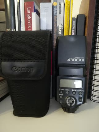 Canon Speedlite 430exII flash