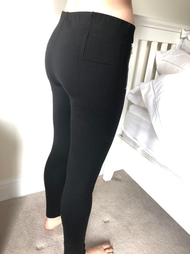 Black leggings from Zara