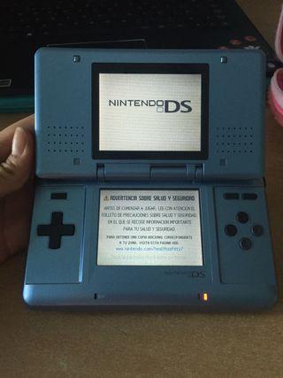 Nintendo DS y 5 juegos.