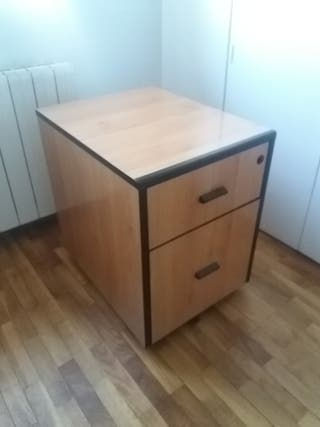 Cajón de escritorio