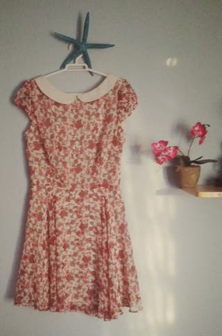 vestido floreado de zara