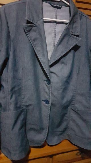 Vestido estilo chaqueta de segunda mano en la provincia de Valencia ... 04b66721c098