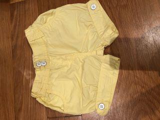 Shorts amarillos niña talla 24 meses