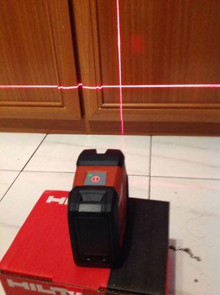 Hilti nivel laser rojo