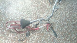 bicicleta bh retro con ruedines