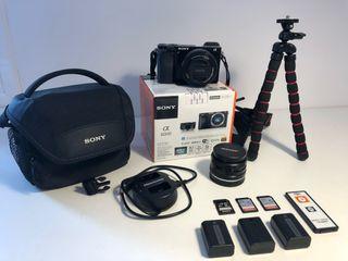 Camara Sony A6000 + Lente y accesorios