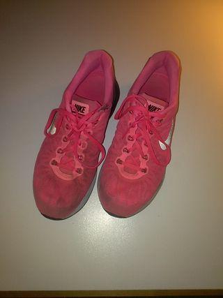 Zapatillas nike rosa 41