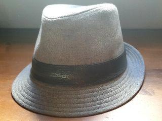 sombrero calvin klein