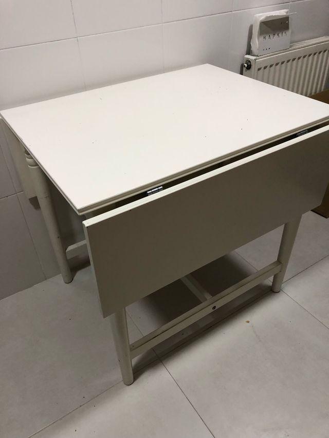 Mesa extensible de cocina de segunda mano por 15 € en Tarragona en ...