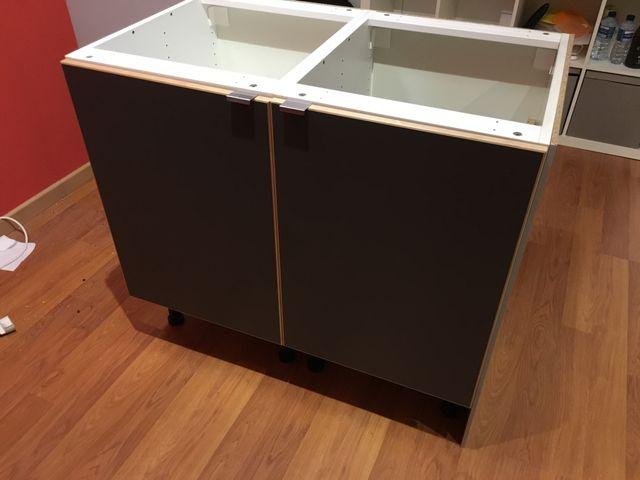 Muebles bajo cocina de segunda mano por 60 € en Madrid en WALLAPOP