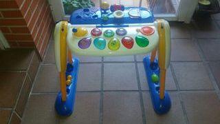 Mesa de actividades Chicco para bebés