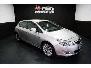 Opel Astra 1.6 Cosmo 85kW (115CV)