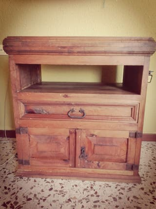 Mueble TV, madera mexicana