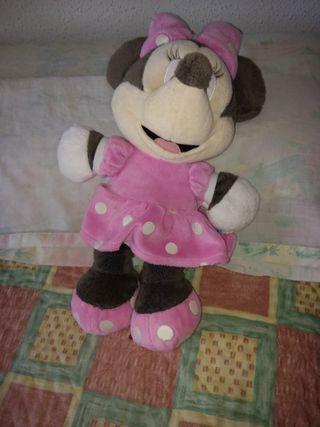 Muñeca Minie