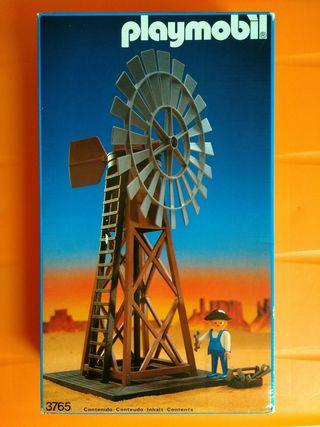 Playmobil 3765. Molino de viento en caja.