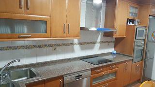 Muebles de cocina con encimera granito