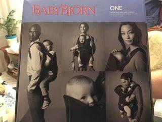 BABY BJORN ONE