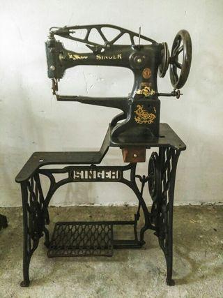 Máquina de coser Zapatero de segunda mano en WALLAPOP