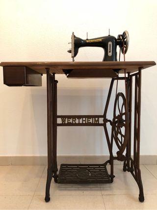 Màquina de cosir Wertheim, Máquina de coser