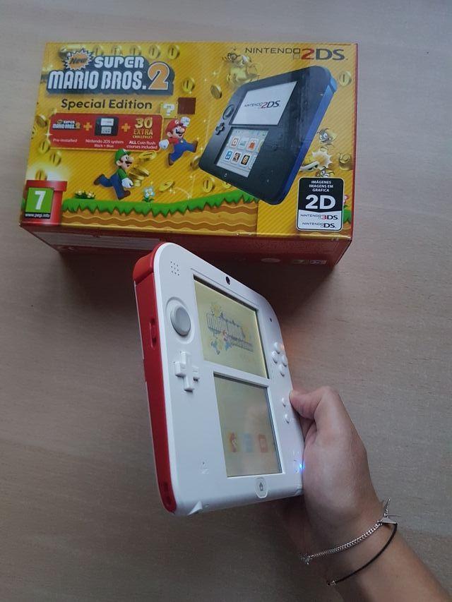 Nintendo 2ds Con 3 Juegos De Mario Bros De Segunda Mano Por 140 En