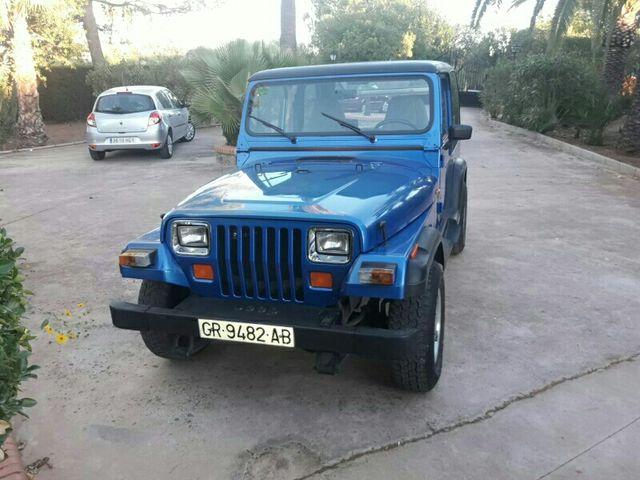 jeep wrangler 2.5 de segunda mano por 9.100 € en jaén en wallapop