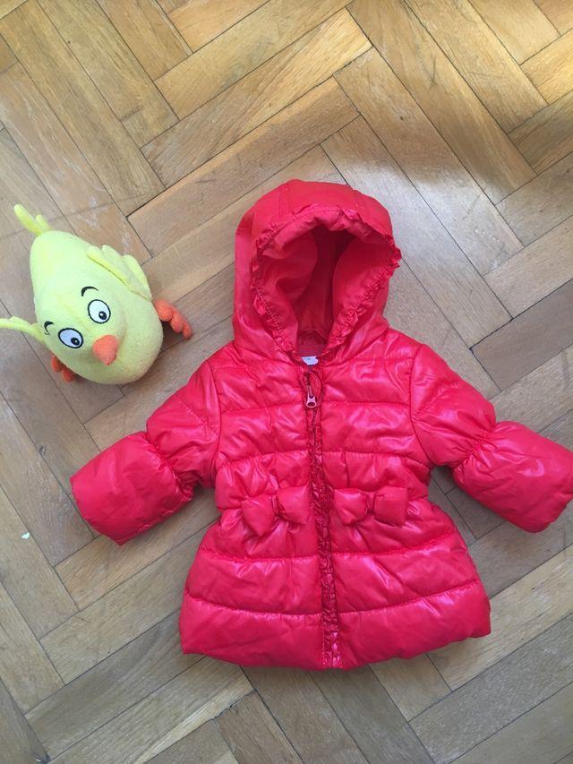 da6488846 Abrigo bebé niña 1-3 meses de segunda mano por 5 € en Getafe en WALLAPOP