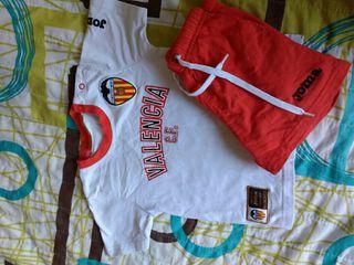 Equipaje /conjunyo niño de Valencia CF club futbol
