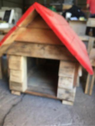 Caseta de perro vintage madera