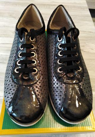 Zapatos MARCA PITILLOS SIN ESTRENAR T/38