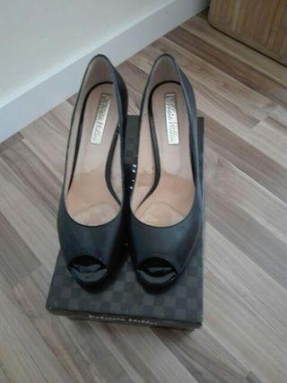 zapatos de fiesta negro piel con plataforma dentro