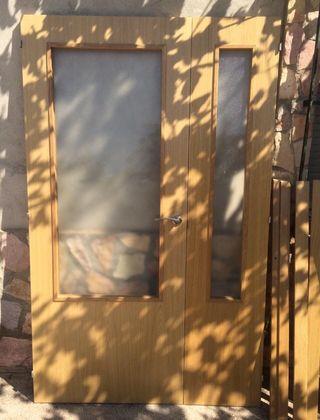 puerta de madera doble hoja