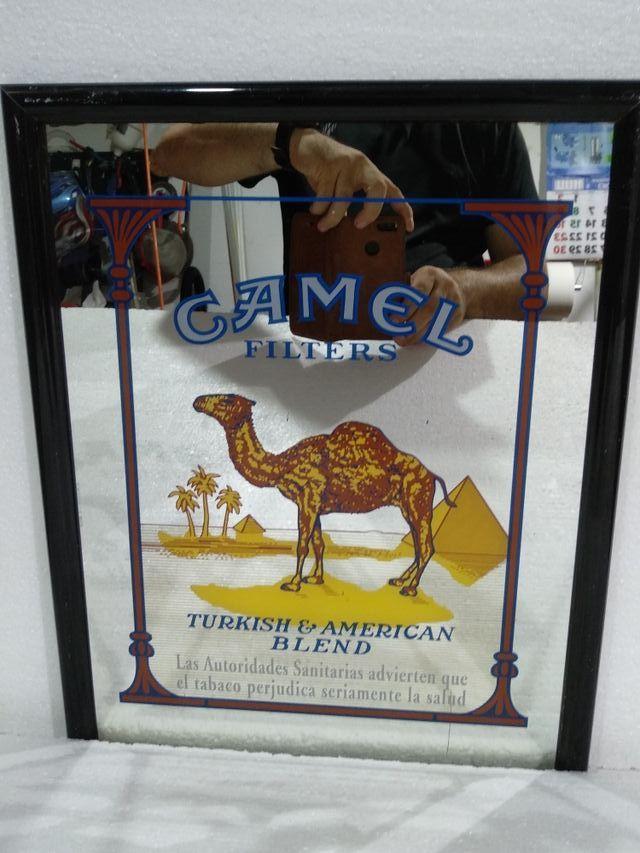 Cuadro espejo Camel