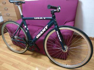 Vendo bicicleta fixie/fixed gear GIANT