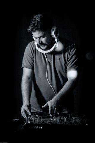 Servicio DJ para Bodas y eventos
