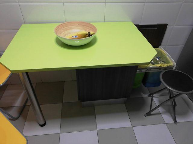 Mesa de cocina verde de silestone con cajón de segunda mano por 45 ...