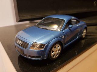 Maqueta Audi TT escala 1:18