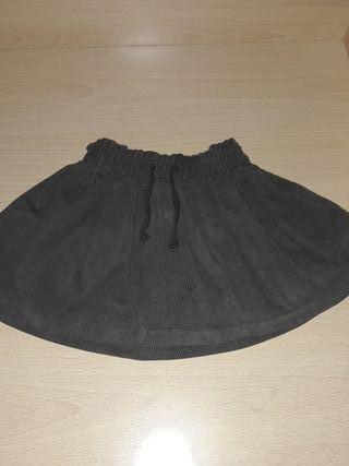 Falda zara talla de 12 a 18 meses