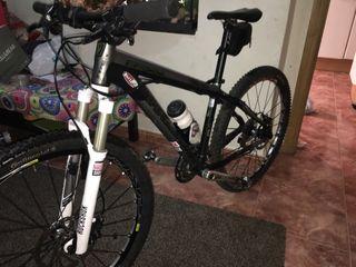 Bicicleta btt trek 6300
