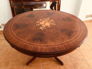 Mesa 150 redonda comedor clásico